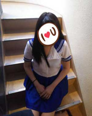 大塚キャンパス学園「まゆ」ちゃん、細身のEカップ