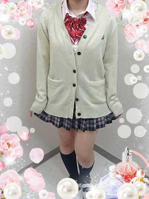 錦糸町フレグランス18歳 Fカップ「しゅう」ちゃん
