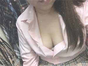 五反田ハイパーエボリューション超柔らか美乳「はつね」ちゃん