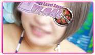 火曜日の川崎『ブルギャル』は、【スイカ割】を開催交通電子マネー「Suica」の提示で、18時以降はフリー1000円OFF!指名2000円OFF!さらにドリンクもプレゼント♪平日なのでもちろん【超団体割】も開催、18時以降に2名以上の来店で5000円ポッキリ!元気いっぱいのちびっ子「高杉」ちゃんは15時から出勤、ただいまエロさ120%大開放中!モバイル用お店ページ